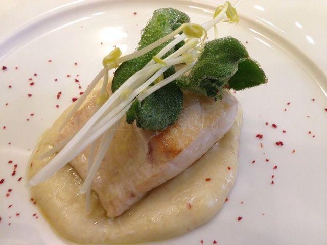 Restaurantes de moda en Madrid - Pescado blanco con salsa de queso