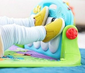 Gimnasio pataditas divertidas Fisher Price