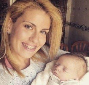 Marina GH 16 con su bebé reborn