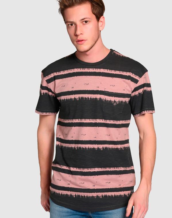 camiseta negra hombre